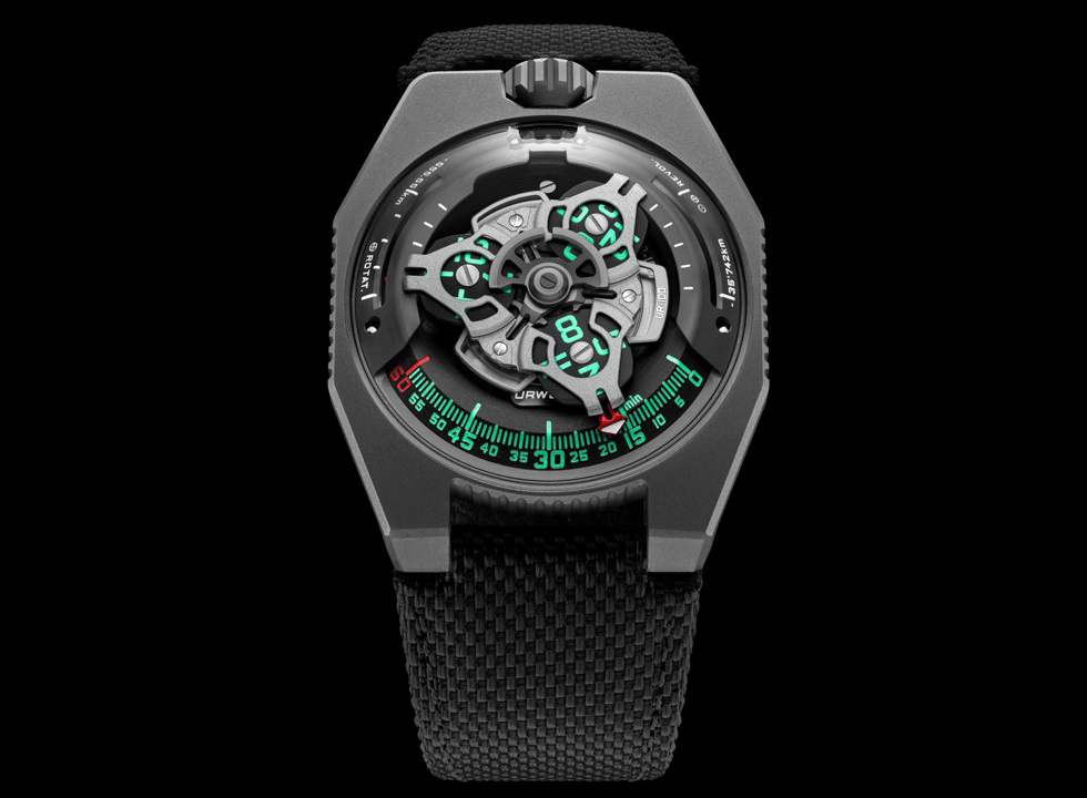 URWERKUR100 6 - Khám phá đồng hồ Urwerk UR-100 SpaceTime Gunmetal có gì đặc biệt?