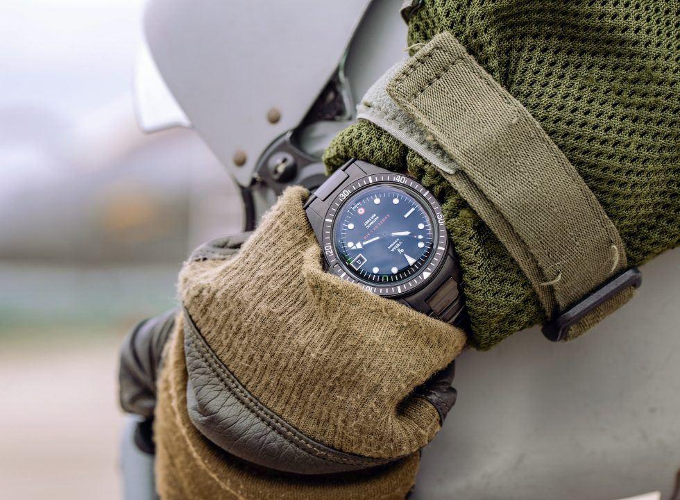 dong ho phap YEMA 2 - Đồng hồ Pháp Yema giá bình dân - Phiên bản giới hạn quân sự