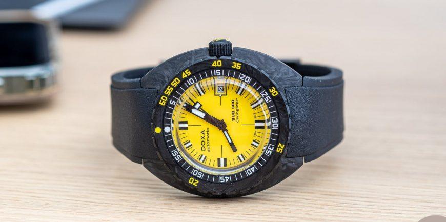 Đánh giá trực tiếp đồng hồ Doxa Sub 300 Carbon Divingstar