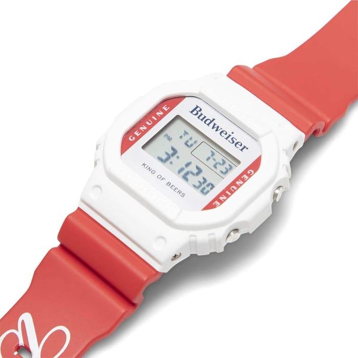 GShockxBudweiser04 - Khám phá đồng hồ Casio G-SHOCK Crack lạ mắt