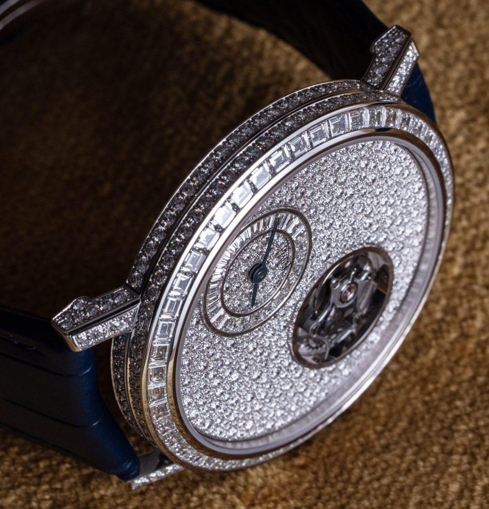 Piaget Altiplano Tourbillon Diamonds watches 27 984x1024 - Khám phá hai chiếc đồng hồ Piaget Altiplano Tourbillon được trang trí bằng kim cương